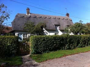 17th century thatched cottage home swap